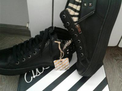 Ботинки демисезон новые